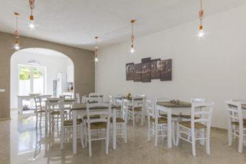 Un pasto in compagnia all'home restaurant di La Rosa dei Venti di Marsala