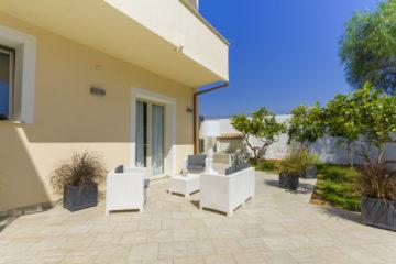 Il sole, il mare e la bellezza dello Stagnone: la casa vacanza La Rosa dei Venti a Marsala è il B&B e Home Restaurant dove alloggiare